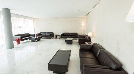 Lobby appartments ele domocenter sevilla