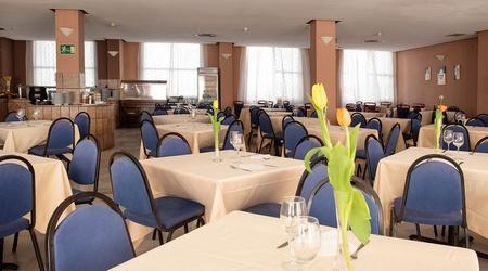 Restaurant ele andarax hotel aguadulce