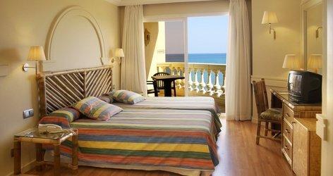 DOPPELZIMMER Hotel ATH Portomagno