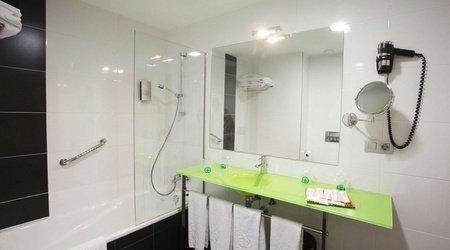 Wohnzimmer badezimmer ele enara boutique hotel valladolid