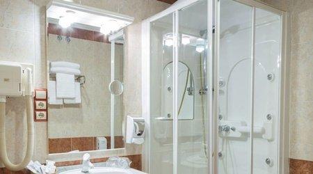 Badezimmer   Complejo ATH Real de Castilla