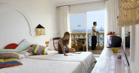 DOPPELZIMMER MIT MEERBLICK Hotel ATH Portomagno