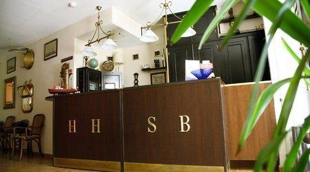 Rezeption Hotel ATH Santa Bárbara Sevilla